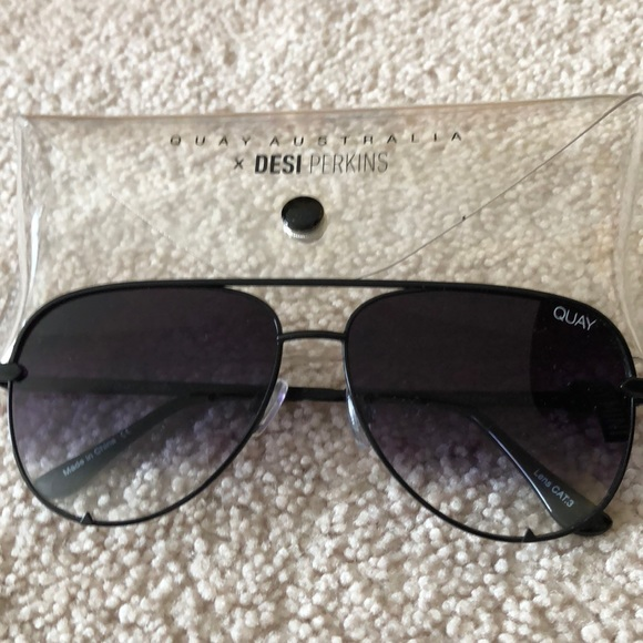 4393b050ee Quay x Desi Perkins High Key MINI sunglasses NEW